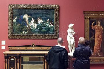 Sexism debate - Manchester Art Gallery removed painting