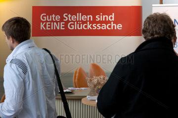 Berlin  Deutschland  Besucher auf der Connecticum 2011