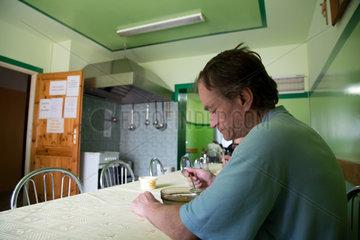 Warschau  Polen  Mittagessen im Obdachlosenheim Heiliger Lazarus
