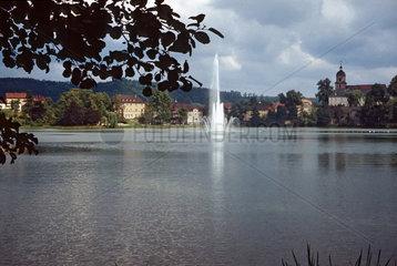 Bad Salzuflen  Deutschland  Blick auf den Kurparksee