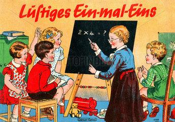 Schueler lernen das Einmaleins  um 1930