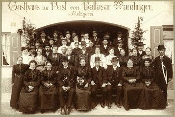 Familienfoto  Gruppenbild  um 1905
