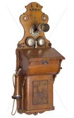 fruehes Wandtelefon  1899