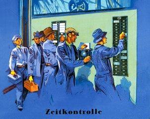 Arbeiter bedienen die Stechuhr  1930