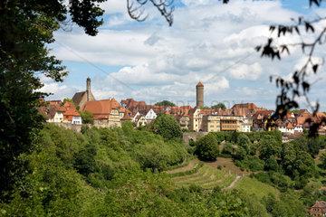 Rothenburg ob der Tauber  Deutschland  Blick vom Burggarten auf die Altstadt