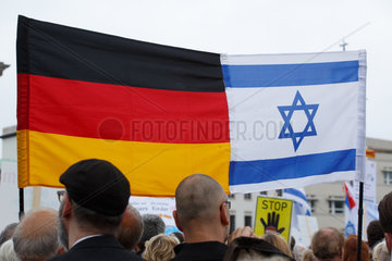 Berlin  Deutschland  Demonstration Nie wieder Judenhass
