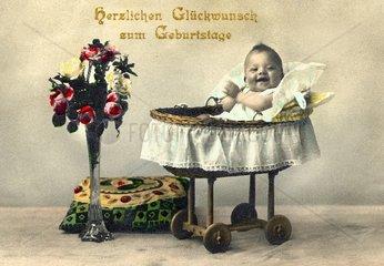 Baby in der Wiege 1926