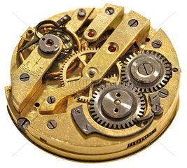 defektes Uhrwerk einer Herrenarmbanduhr  1975