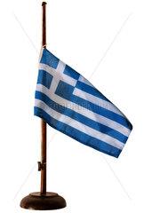 griechische Flagge auf Halbmast  Symbol Krise