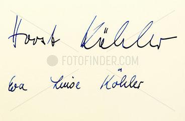 Unterschriften Bundespraesident Horst Koehler und Ehefrau Eva Luise Koehler