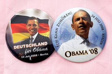 Obama-Button vom Besuch in Berlin 24. Juli 2008