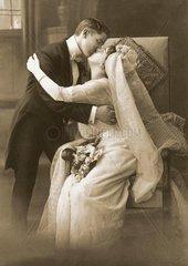 Ehepaar in der Hochzeitsnacht
