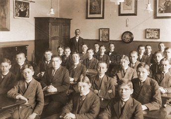 Schulklasse Gymnasium um 1910