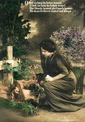 Witwe am Grab um 1915