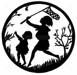 Kinder fangen Schmetterlinge  Scherenschnitt  1930