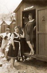franzoesische Bademode 1914