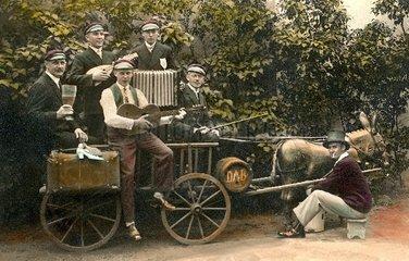 Studenten auf Wanderschaft  um 1910