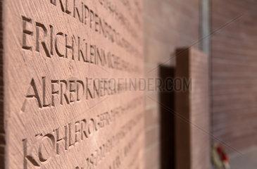 Bad Niederbronn  Frankreich  Deutsche Kriegsgraeberstaette mit 15413 Gefallenen der Wehrmacht aus dem II. WK