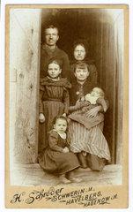 Familienortraet  Schwerin  um 1898