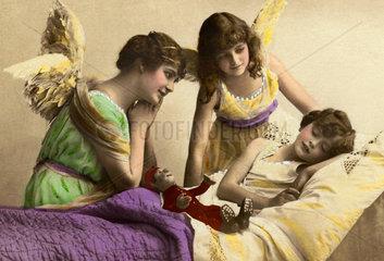 Schutzendel behueten schlafendes Kind  1917