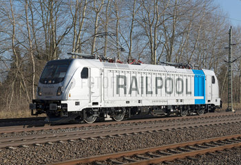 Wusterwitz  Deutschland  RAILPOOL TRAXX F160 AC3 LM