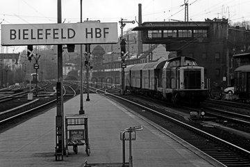 Bielefeld  Deutschland  Rangierarbeiten im Bahnhof Bielefeld 211 012