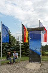 Geisa  Deutschland  Mauerstueck auf dem Gelaende der Gedenkstaette Point Alpha
