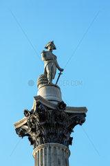 London  Grossbritannien  die Nelsonsaeule am Trafalgar Square