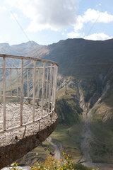 Gudauri  Georgien  Aussichtspunkt am Kreuzpass im Kaukasus