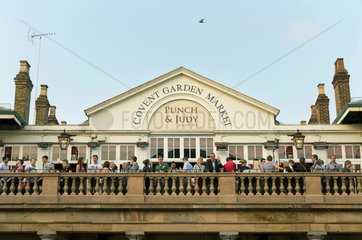 London  Grossbritannien  die Bar Punch & Judy im Covent Garden Market