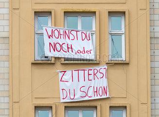 Mieterprotest gegen den Verkauf an die Deutsche Wohnen in der Karl-Marx-Allee