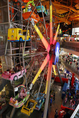 New York City  USA  Riesenrad in der Toys-R-Us Filiale am Times Square