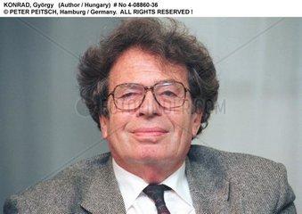 KONRAD  Gyoergy - Portrait des Schriftstellers