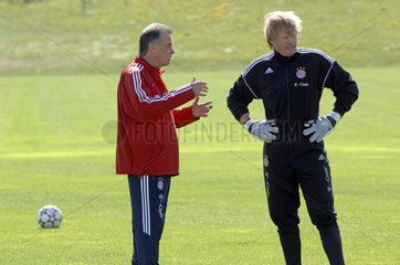 Trainer Ottmar Hitzfeld  Torwart Oliver Kahn  Training FC Bayern Muenchen  2007