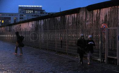 20. Jahrestag Mauerfall - Staatsgaeste aus Russland  Frankreich und Grossbritannien feiern mit deutschen Politikern den Jahrestag des Falls der Berliner Mauer