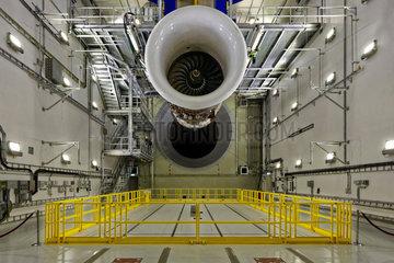 Blankenfelde-Mahlow  Deutschland  neuer Flugzeugtriebwerk-Teststand von Rolls-Royce Deutschland