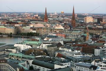 Hamburg  Deutschland  Blick ueber die Stadt