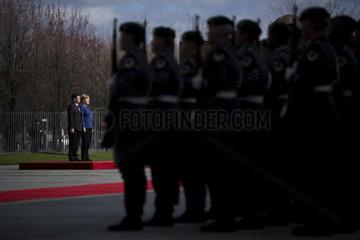 Angela Merkel  Thongloun Sisoulith