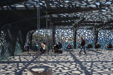 Marseille  Frankreich  das netzartige Fassadengeflecht des MuCEM