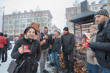 Gluehwein auf dem Weihnachtsmarkt