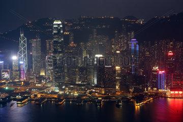 Hong Kong  China  Blick auf Hong Kong Island bei Nacht