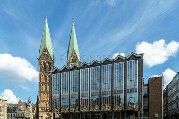 Bremen  Deutschland  Bremische Buergerschaft und Bremer Dom