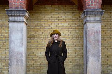 SCHWITTER  Monique - Portrait of the writer