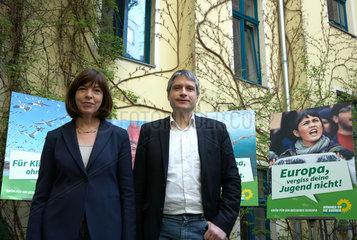 Berlin  Deutschland  Rebecca Harms und Sven Giegold  Spitzenkandidaten von Buendnis 90/Die Gruenen fuer die Europawahl 2014