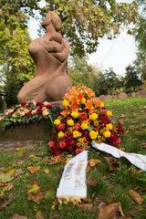 Karlsruhe  Deutschland  Denkmal fuer die Luftkriegsopfer im Zweiten Weltkrieg