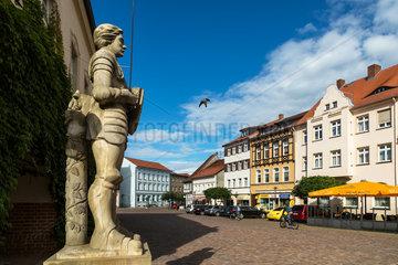 Gardelegen  Deutschland  Der Roland am Rathausplatz