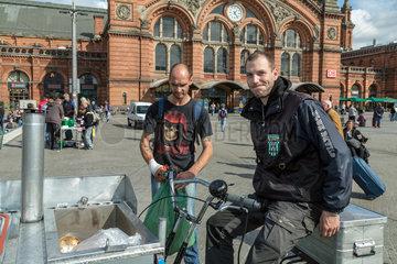 Bremen  Deutschland  Mitarbeiter der Bremer Suppenengel