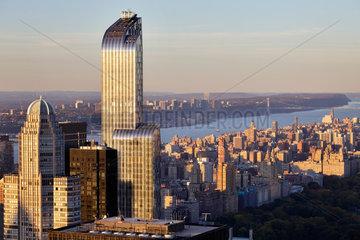 New York City  USA  Skyline der Upper West Side im Abendlicht