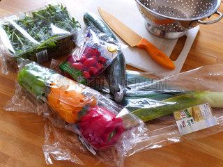 Frischgemuese in Kunststoffverpackung