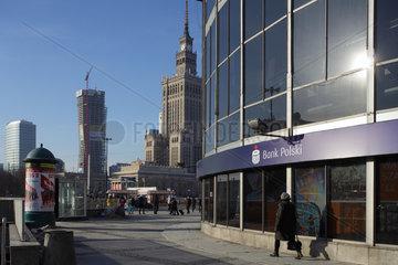 Warschau  Polen  Rohbau des Zlota 44 Towers und der Kulturpalast